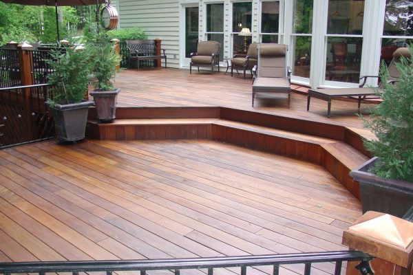 Ipe deck restored with Woodrich Brand products