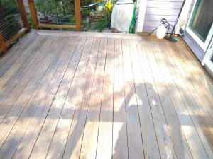 Black Locust After EFC38 & Citralic – Complete Wood Cleaning & Restoration Kit