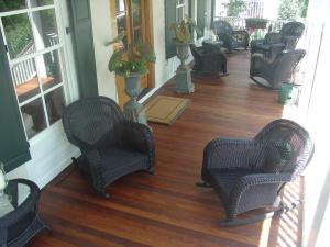 Ipe Porch stained with Hardwood Wiping Stain
